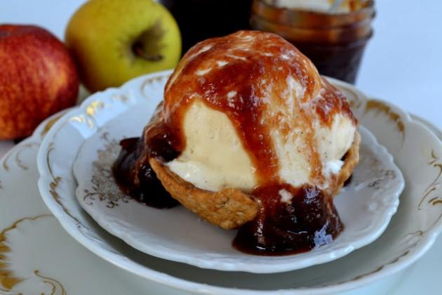 apple+pie+sundae+pie+crust+bowl