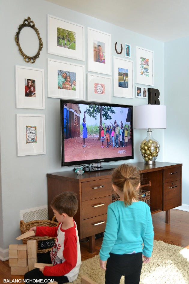 TV GALLERY WALL KIDS Part 92