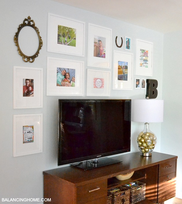 TV-GALLERY-WALL-SIDE-VIEW