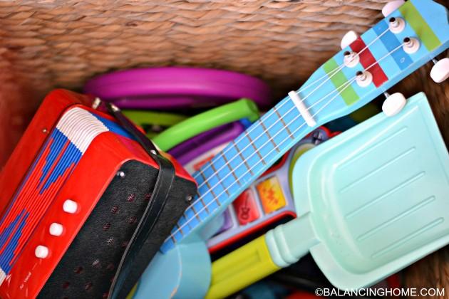 musical-instruement-storage