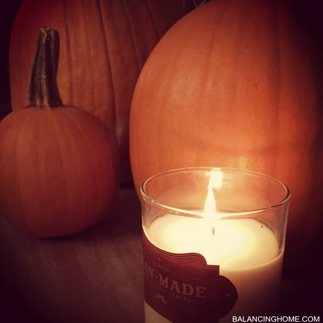 PUMPKINS-LEATHER-TOBACCO-CANDLE-FALL