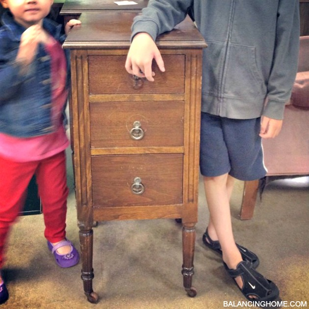 goodwill-nightstand-before