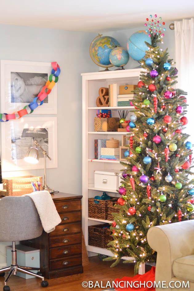 CHRISTMAS-SHELF-THANKSGIVING-JOURNALS-18