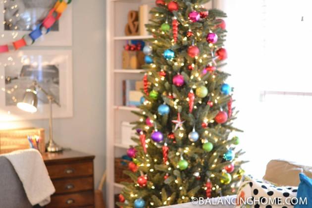 CHRISTMAS-SHELF-THANKSGIVING-JOURNALS-19