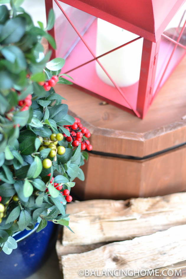CHRISTMASO-FRONT-PORCH-48