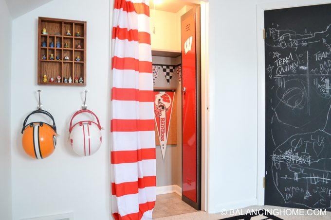 quinn-bedroom-badger-locker-15