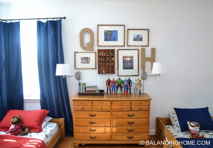 boys-room-gallery-wall-1